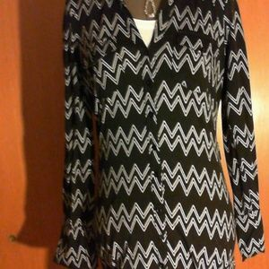 Ultra Flirt Black/white chevron button down dress